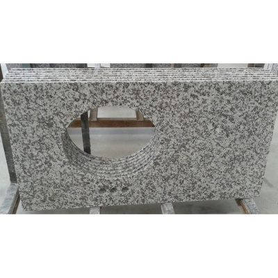 G439 White Granite Kitchen Countertop